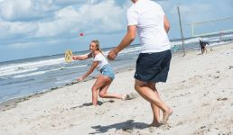 Beachball am Nordseestrand